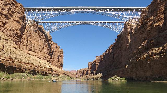 Historic and modern versions of Navajo Bridge