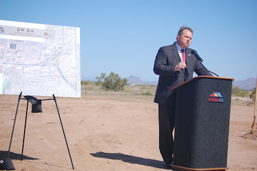 Mesa Mayor Scott Smith speaks at SR 24 groundbreaking