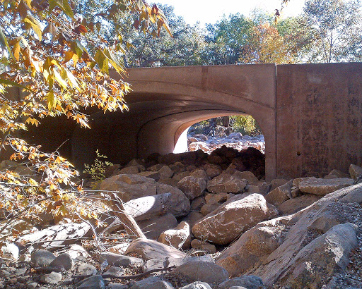 A new arch replaces drainage culverts at Noon Creek