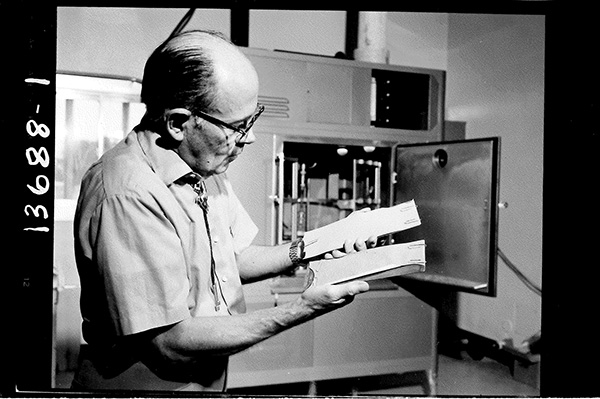 Taken in 1972, this photo shows a Weatherometer in ADOT's Chemistry Lab.