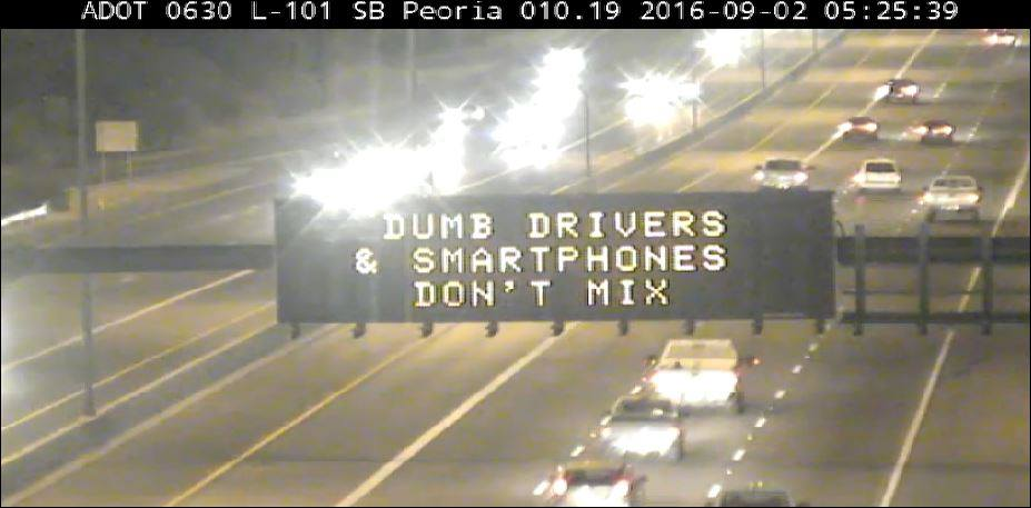Highway Sign: Dumb Drivers & Smartphones Don't Mix