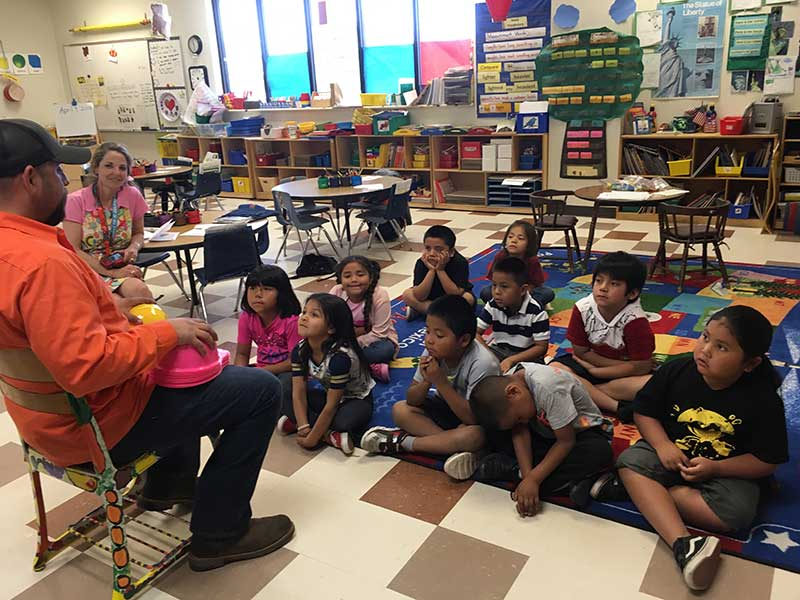 Shawn Garcia and Salt River kindergarten students