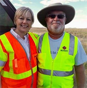 ADOT's Adopt a Highway Volunteer program administrator and volunteer in Chino Valley.