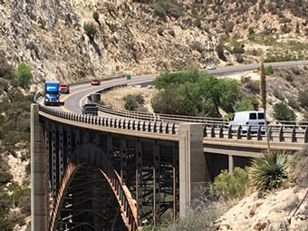 Pinto Creek Bridge with vehicles crossing