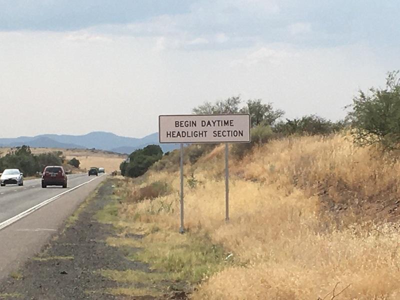 Daytime headlight sign