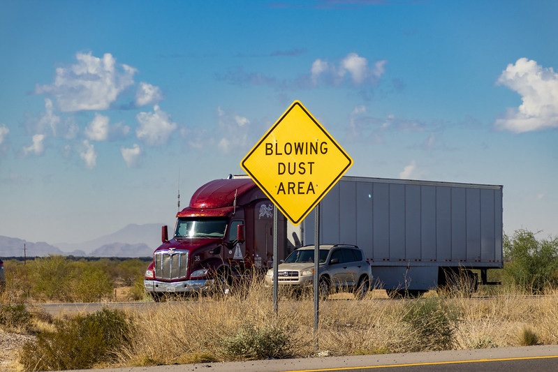 Blowing dust area sign