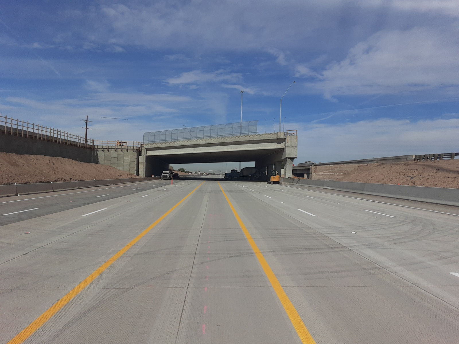 New travel lanes of eastbound I-10