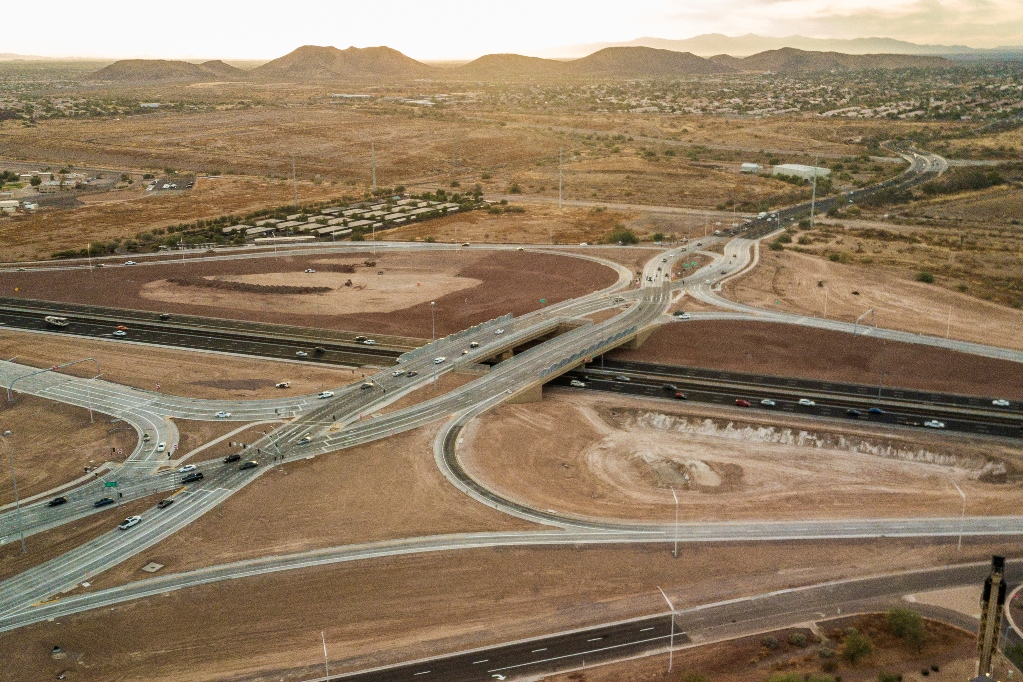 I-17 Happy Valley Diverging Diamond open