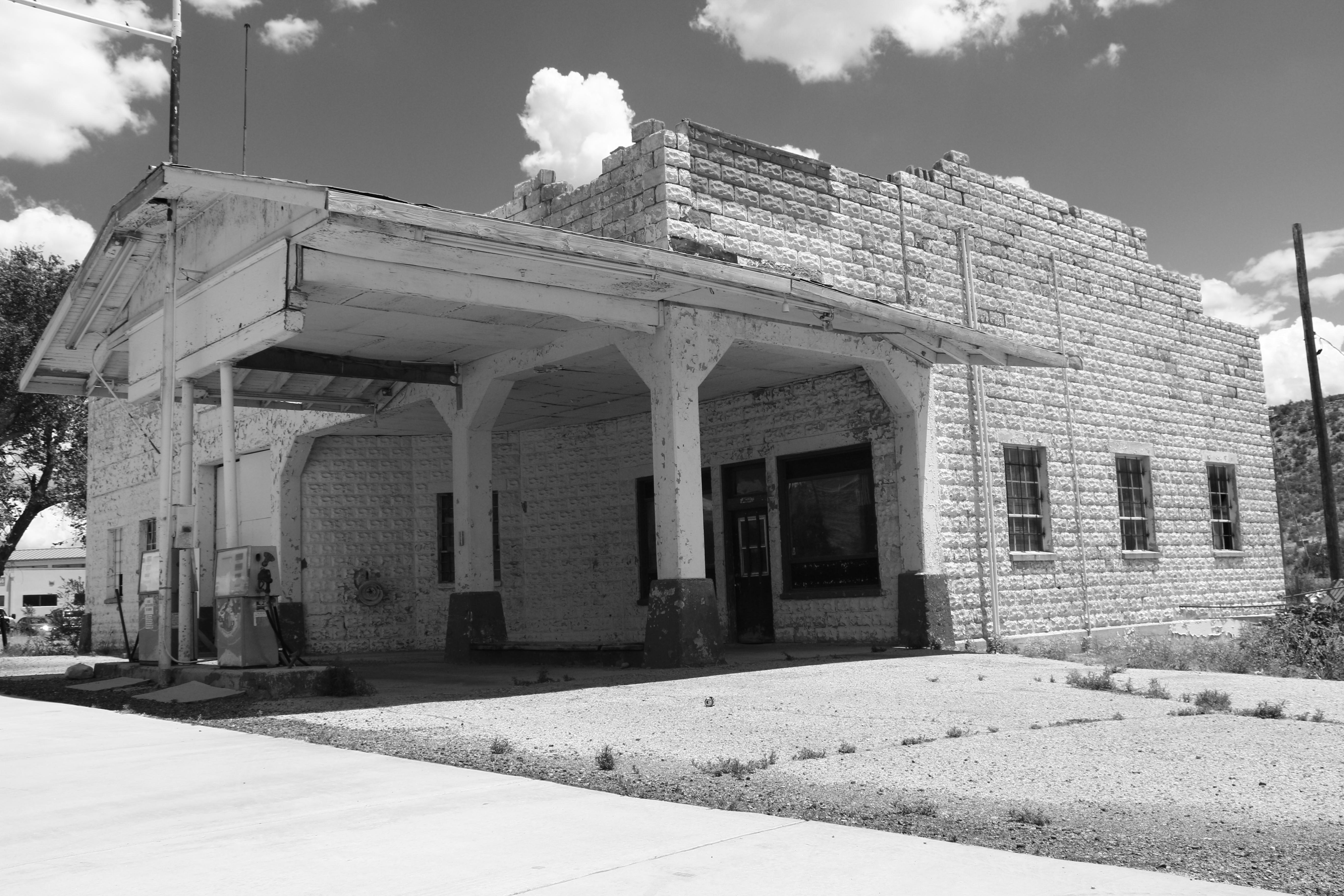John Osterman Shell Station on Route 66