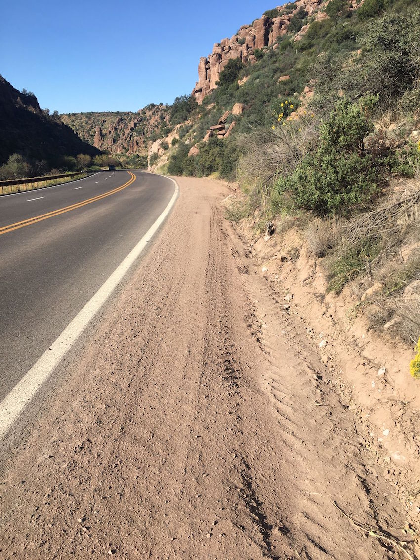 Photo of US 60 after project to clear vegetation along roadway