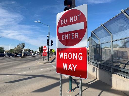 Photo of wrong way sign at exit ramp