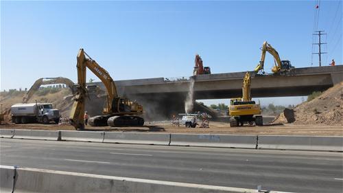 Crews demolishing I-10 Bridge over Perryville road