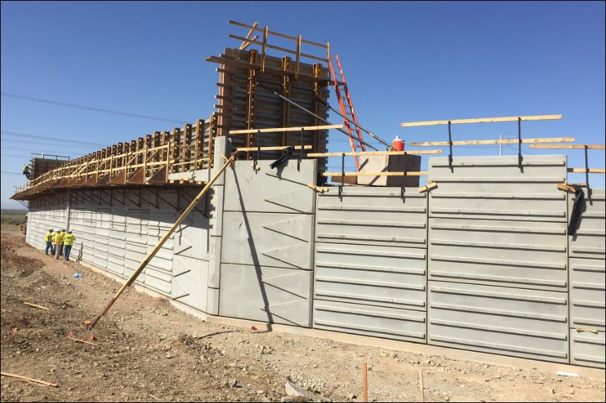 South Mountain Freeway Project - Building sound walls