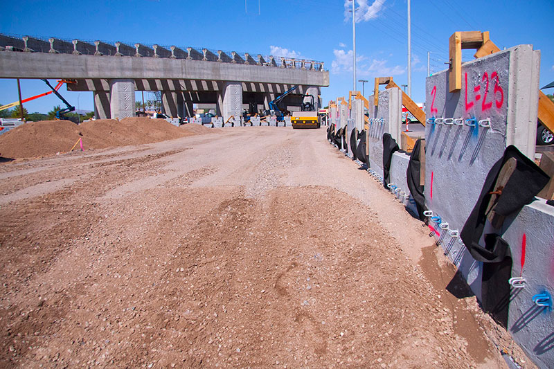 Bell/Grand Interchange Project - Retaining walls and structures