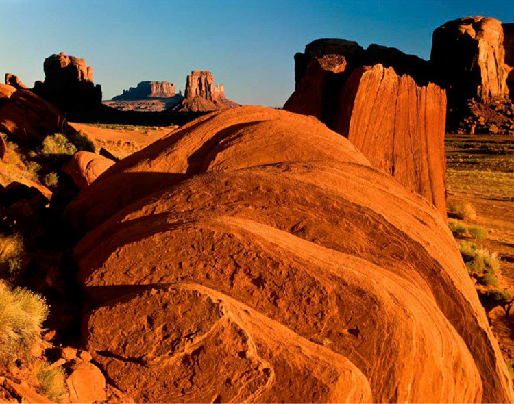 Arizona Highways Muench Winning Photo - Red Rocks in Desert Scene
