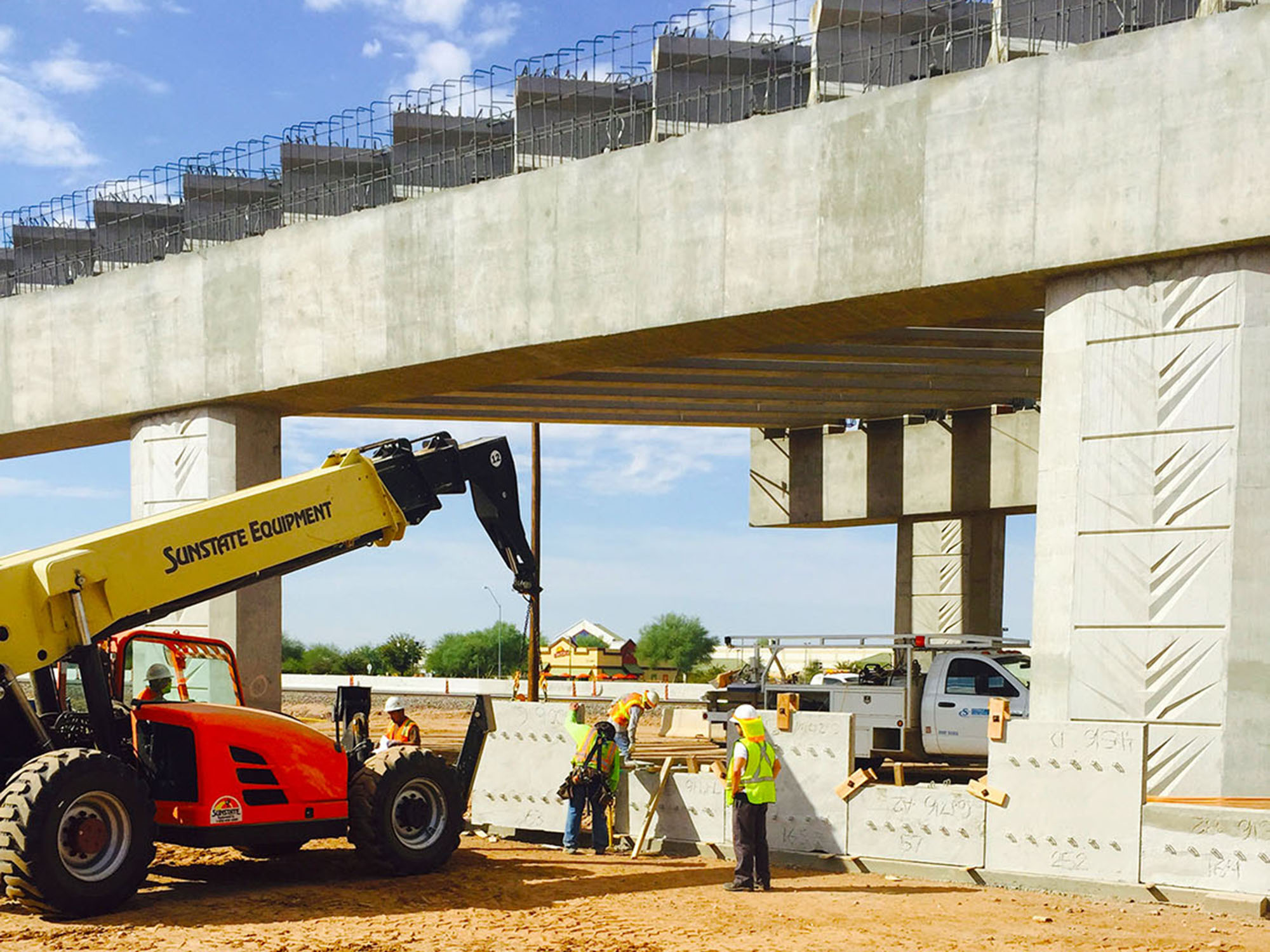 Crews Work on Bell/Grand Interchange Project