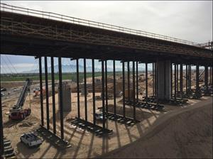 Loop 303 Bridge under construction