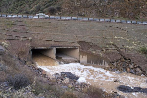 Drainage at Cottonwood Canyon, US 93